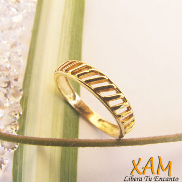 anillo lineal trendy
