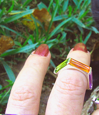 anillo omega de plata y circonitas